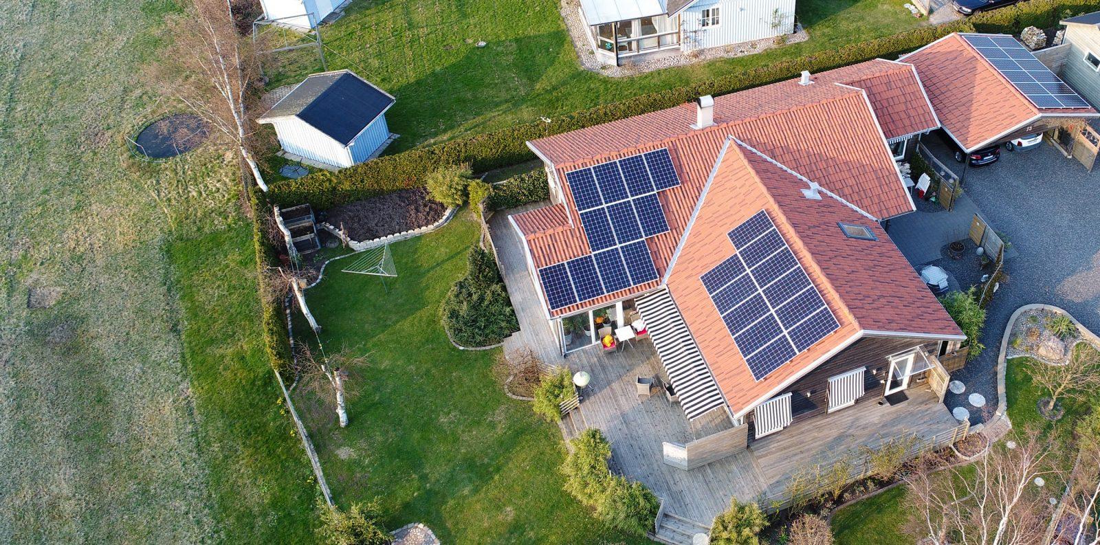 Villa i Mellbystrand med solpaneler från Solsystem