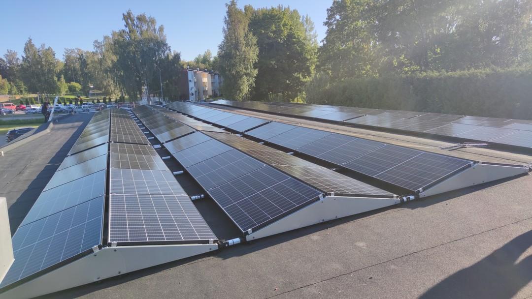 Solpaneler på företag Solsystem