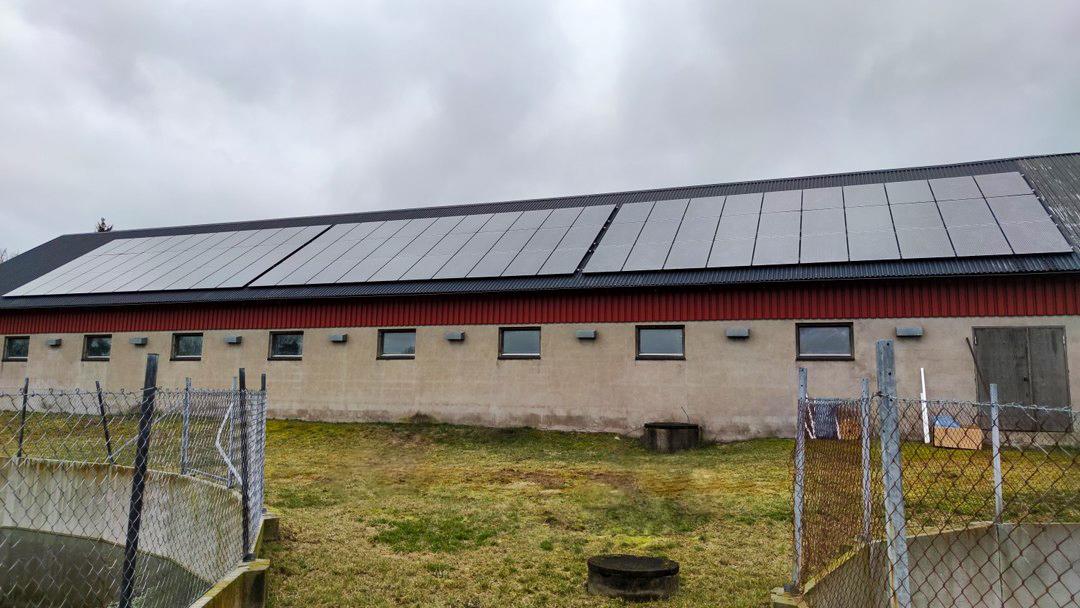 Solpaneler på lantbruk Ljungby, Solsystem